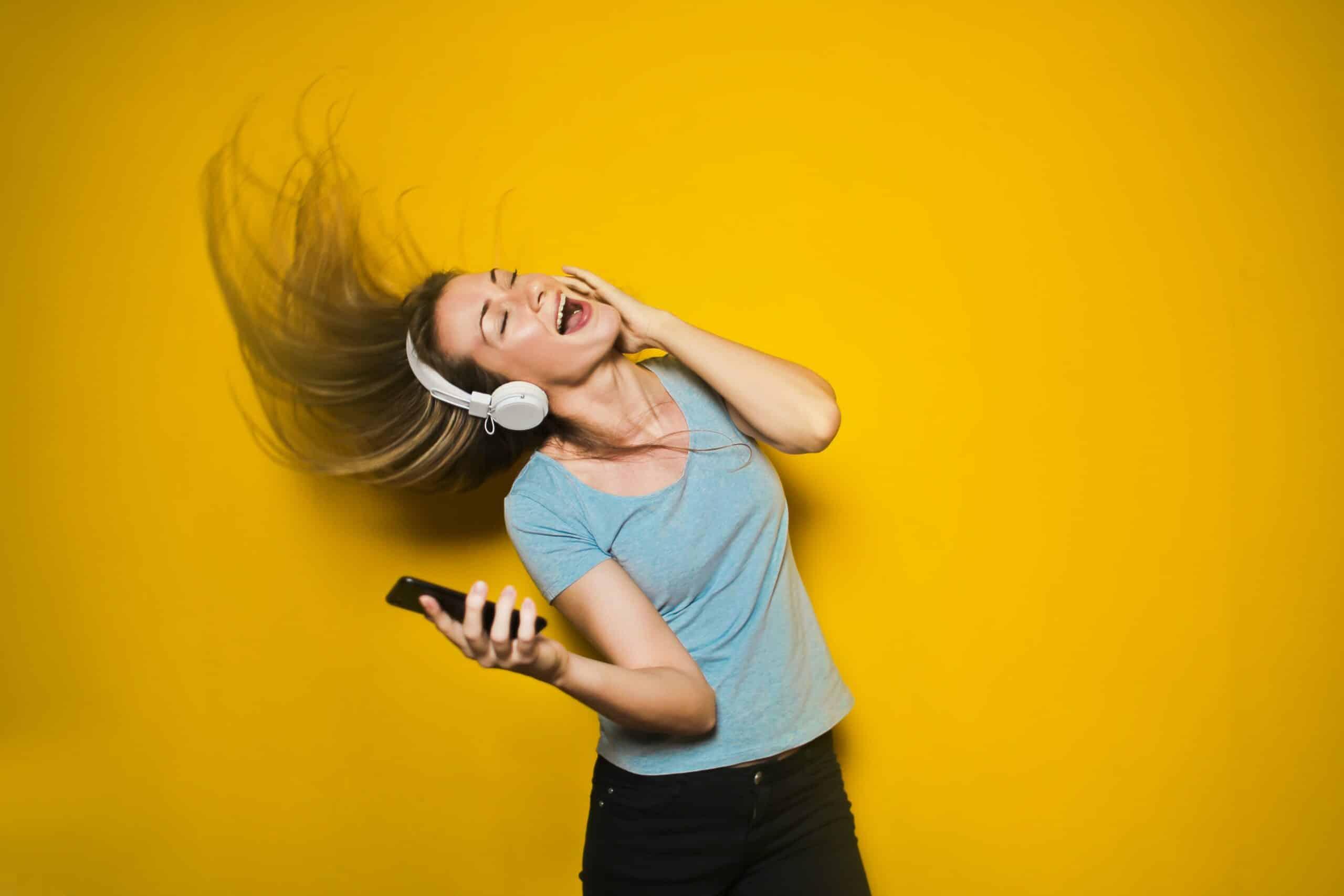 Earphones Noise Reducing Technology Image