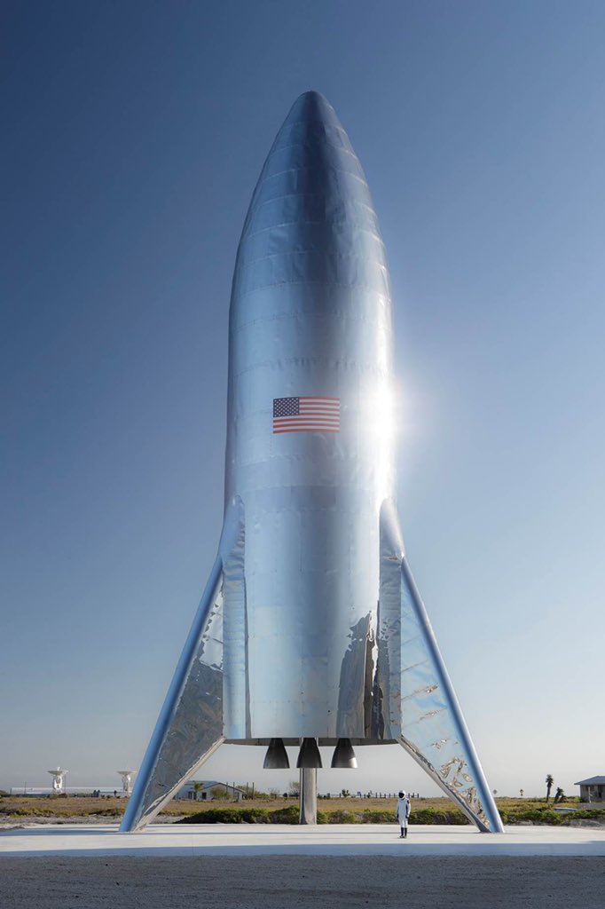 10 SpaceX YouTubers Article Image