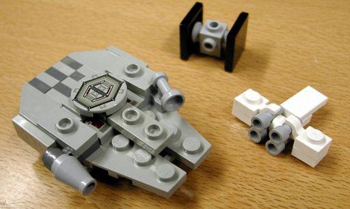 Article Image 2 - Millennium Falcon & X-Wing Mini Set