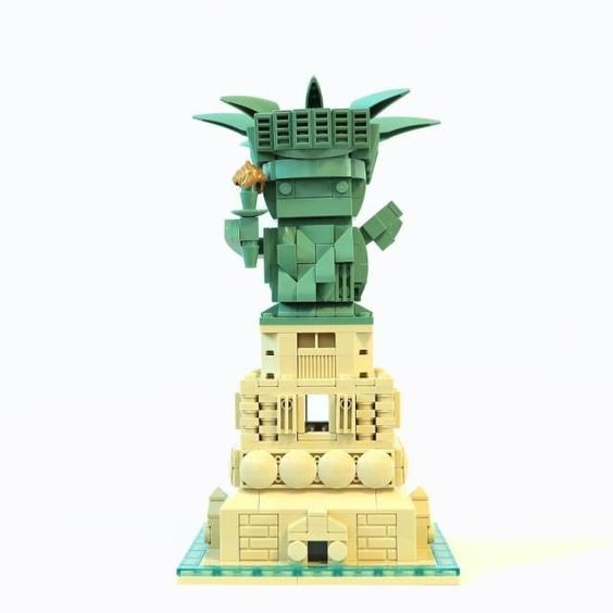 Custom Brickheadz Statue of Liberty Article Image 25