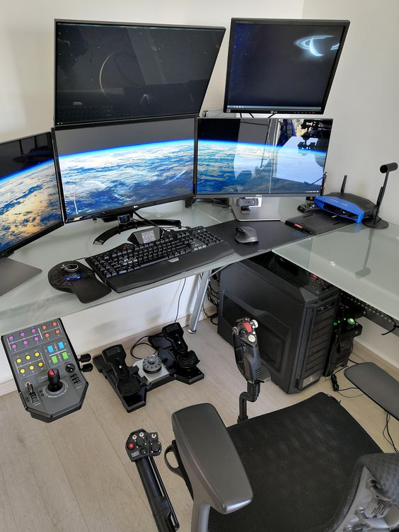 Insane Computer Setup Article Image 6